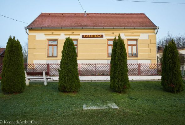 Almamellék faluház