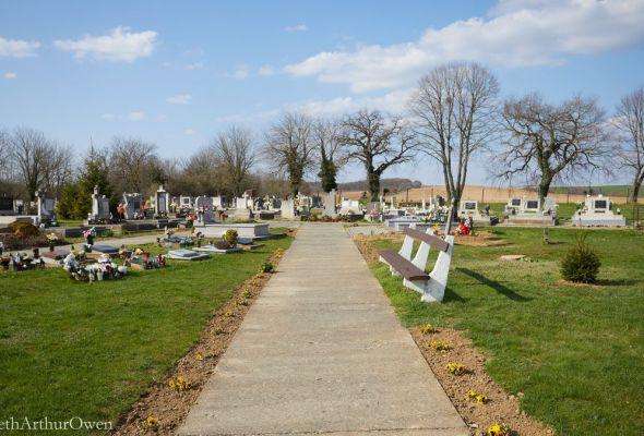 Almamellék temető